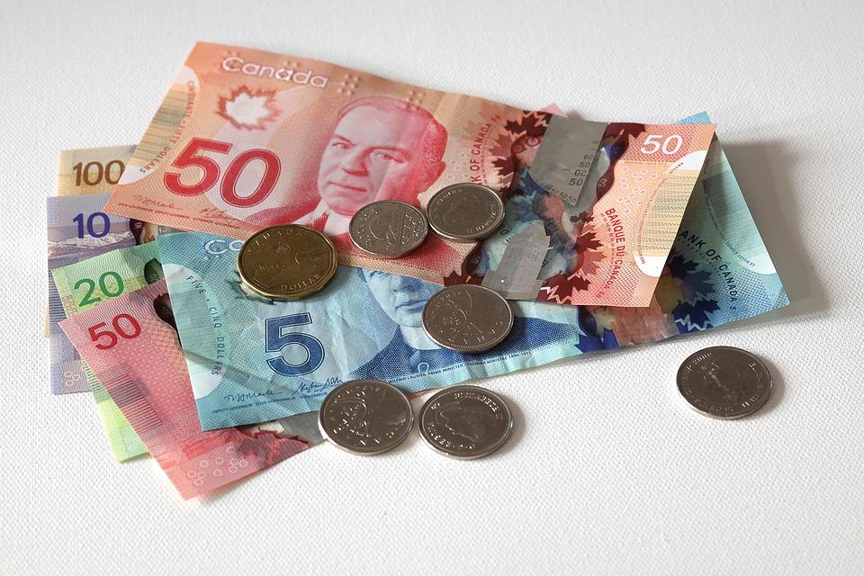 kanadské dolary
